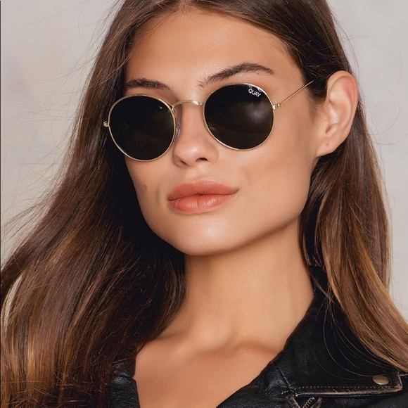 6fd0392b4d Quay Round sunglasses. M 5bdb06c4c89e1dbc4f163c66